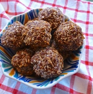 Toasted Chocolate and Coconut Fudge Macaroons (Paleo, Dessert, Gluten Free, GAPS)