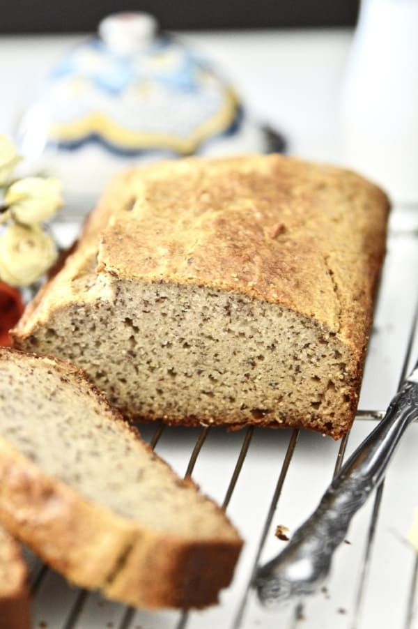 Paleo bread. Yes it's possible to make bread without any grains, gluten or dairy! This grain free bread is even more special because it is nut free. Use this paleo bread to make toast or sandwiches, or even eat it plain. #paleo #bread #glutenfree #dairyfree #nutfree #grainfree
