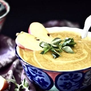 Whole30 Curry Butternut Squash Soup (Paleo, Vegan, GAPS, Dairy Free)