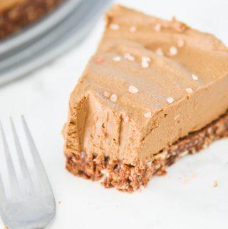Chocolate Avocado Torte (Paleo, Vegan, GAPS)